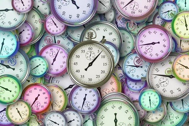 https://pixabay.com/illustrations/time-time-management-stopwatch-3222267/